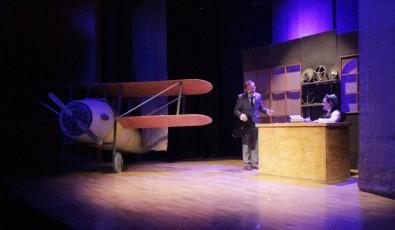 Vecihi Hürkuş'un hayatının anlatıldığı tiyatro gösteriminin galası yapıldı