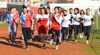 UĞUR TURAN - Öğrenciler Atatürk Koşusunda Kıyasıya Yarıştı
