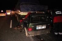Otomobil Tıra Arkadan Çarptı Açıklaması 1 Ölü, 1 Ağır Yaralı