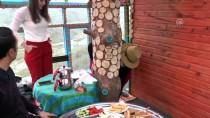 Ağaç Evini Turistlere Açtı