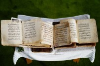 700 Yıllık El Yazması Kur'an-I Kerim'ler Büyük İlgi Görüyor
