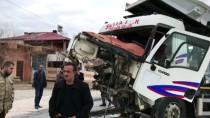 Elazığ'da Hemzemin Geçitte Kaza Açıklaması 1 Yaralı