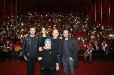 İzmir'e yıldız yağdı