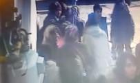 CENGİZ HAN - 8 Kişinin Yaralandığı Yürüyen Merdiven Kazası Kamera