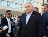 SREBRENICA - Başbakan Yıldırım, Srebrenica Anma Müzesi'ni Ziyaret Etti
