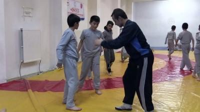 Bodrum Katında Şampiyonluk Adayı Güreşçiler Yetiştiriyorlar