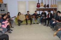 3D - Şırnak'ta Açılan Kurslar Sayesinde Gençler Sanat Öğreniyor