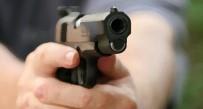 Silahını Temizlerken Komşusunun Çocuğunu Vurdu