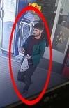 Aynı Sokaktan 2 Otomobil Çalan Zanlı Üzerinde Uyuşturucuyla Yakalandı