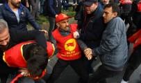 HALKIN KURTULUŞ PARTİSİ - Beşiktaş'ta Polis, Taksim'e Yürümek İsteyen Göstericilere Müdahale Etti
