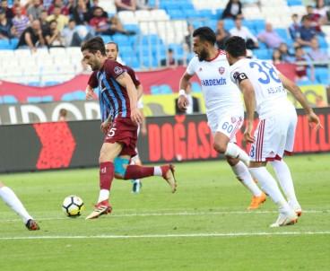 Trabzonspor, Kardemir Karabükspor'u 3-0 mağlup etti
