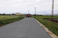 Hilvan'da Beton Yol Uygulaması Sürüyor