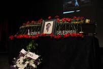 RIZA KOCAOĞLU - Oyuncu Arda Öziri İçin Duygulandıran Tören