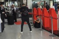 PARİS HİLTON - Paris Hilton Madrid'e gitti