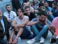CHP'de önünde 'Yönetim istifa' sloganları