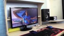METİN ÖZKAN - Rap Müziğiyle Hayata Bağlanan Kas Hastası Özkan'a Moral Ziyareti