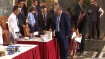 MİLLETVEKİLİ DANIŞMANI - Milletvekilleri Kayıt Yaptırıyor