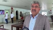 İmece Usulü Yaptırılan 'Türkmen Evleri' İle Sosyalleşiyorlar