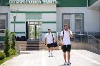 AHMET ÇOLAK - Atiker Konyaspor Bolu'ya Gitti