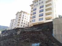 Kastamonu'da TOKİ Konutlarının İstinat Duvarı Çöktü