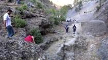 GÜNCELLEME - Adana'da Şelalede Kaybolan 3 Kişi Ölü Bulundu