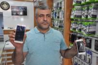 İPHONE - ABD Ürünü Cep Telefonunu Çekiçle Kırdı