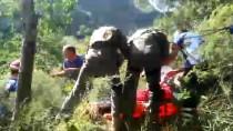 ULUDAĞ ÜNIVERSITESI TıP FAKÜLTESI HASTANESI - Doğa Yürüyüşünde Ayağı Kırılan Kişi Askeri Helikopterle Kurtarıldı