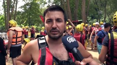 Melen Çayı Bayramda Rafting Tutkunlarını Ağırladı