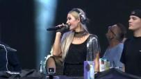 PARİS HİLTON - Paris Hilton Türk kahvaltısına hayran kaldı
