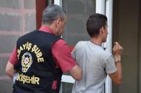 Oto Hırsızından Basın Mensuplarına Çirkin Hareket