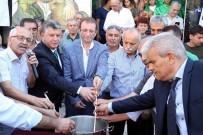 ARİF SAĞ - Başkan Karabağ, Aşure Kardı