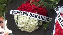 EDİZ HUN - Büyükelçi İlhan Saygılı'nın Babasının Cenazesi Defnedildi