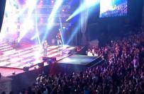 ENIS ARıKAN - Berkay'dan Muhteşem Konser