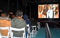 GONCA VUSLATERİ - Aliağa'da Sinema Şöleni 'Düğüm Salonu' İle Başladı