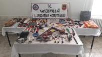 Jandarma 3 Faili Mehçul Hırsızlık Olayını Aydınlattı