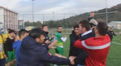 Maç Sonrası Kavgaya Biber Gazlı Müdahale