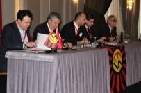 ÜMİT KARAN - Eskişehirspor'da Gergin Kongre Yine Ertelendi