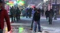 KUĞULU PARK - Başkentte Kış
