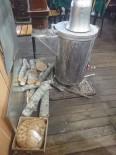 Kastamonu'da Soğukta Üşüyen Sokak Hayvanlarına Esnaf Yardım Eli Uzattı