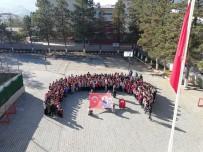 Öğrencilerden 'Barış Pınarı Harekatı'na Anlamlı Destek