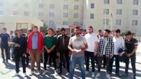 Cihanbeyli'de Üniversite Öğrencileri Yurtlarının Açılmasını İstiyor
