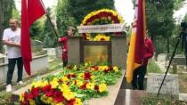 ALİ SAMİ YEN - Galatasaray'da Ali Sami Yen Mezarı Başında Anıldı
