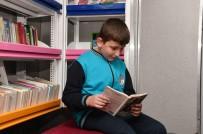 GEZİCİ KÜTÜPHANE - Gezici Kütüphane, Mamak'ta Okur Severlerle Buluştu