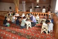 Kuran-I Kerim Öğrenen Öğrencilerden Mehmetçiğe Dua