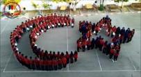 Liselilerden Barış Pınarı Harekatı'ndaki Mehmetçik'e Ayyıldızlı Destek Koreografisi