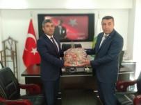 SERVİSÇİLER ODASI - MTB  Başkanı Özcan, Minibüsçüler Odasını Ziyaret Etti