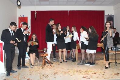 Öğrencilerin Şiir Programı İlgi Gördü