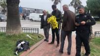 BOMBA İMHA UZMANI - Samsun'da Şüpheli Çanta Paniği