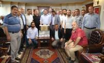 MUSTAFA GÜL - Aksaray Belediyesi, 19 Mahalle Muhtarına Bilgisayar Hediye Etti