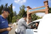 YEŞILBAYıR - Başkan Genç, Yaya Geçidi Nöbetinde